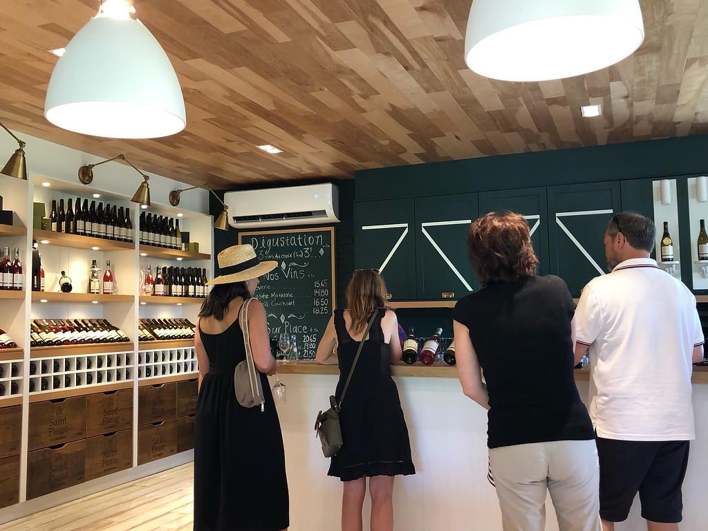 Ile d'Orleans Wine Tour: Vignoble Saint-Pierre