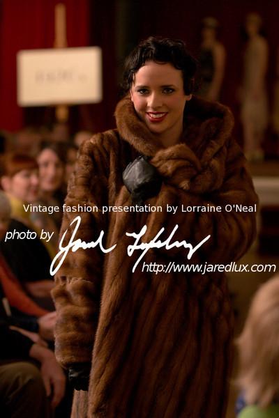 vintage_fashion_show_09_f15175432.jpg
