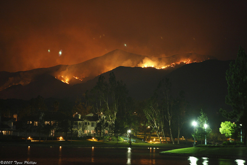 Santiago Canyon Fire - 2007