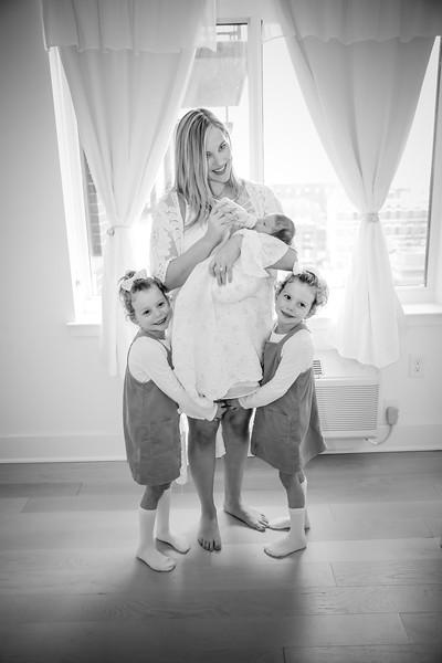 bw_newport_babies_photography_hoboken_at_home_newborn_shoot-5376.jpg