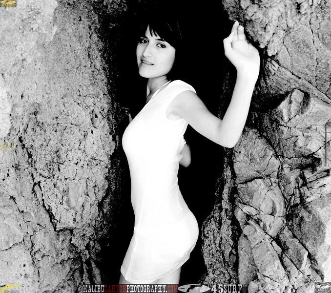 beautiful woman swimsuit model bikini malibu 193.3.3..jpg