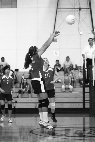 RCS-Varsity-Girls-VB-vs-Athenian-09.22.2011-10.jpg