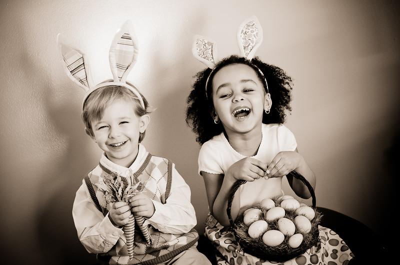 Easter_Elliott and Nevaeh -8868.jpg