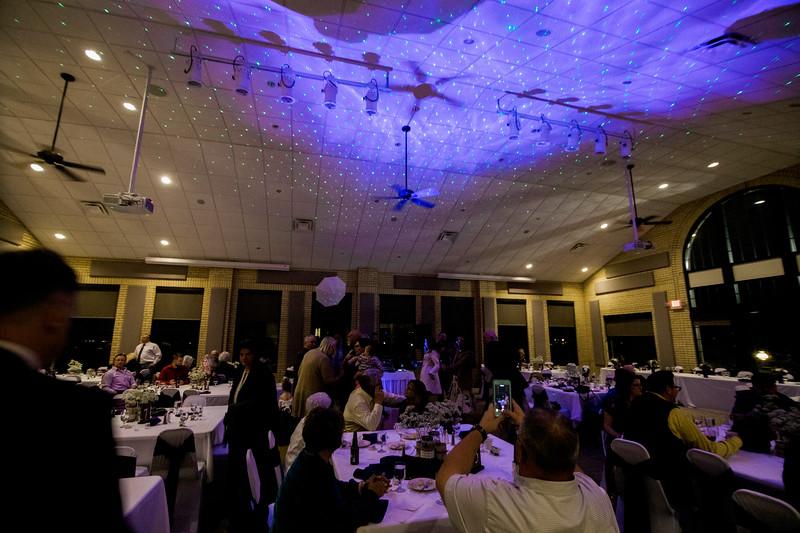 chateau-on-the-river-trenton-michigan-wedding-0460.jpg