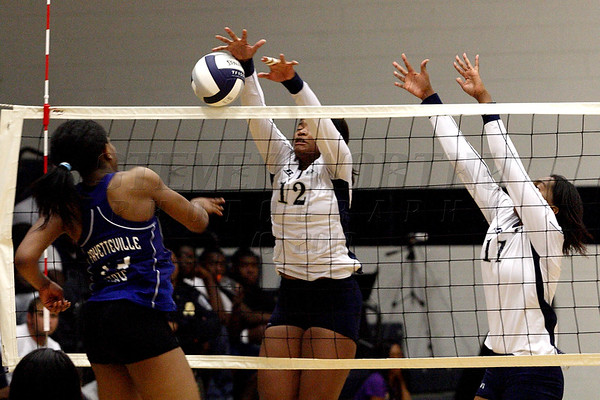 St Aug vs FayState Volleyball 10-18-10