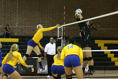2014 SCC Volleyball vs Illinois Central College 10-10-14