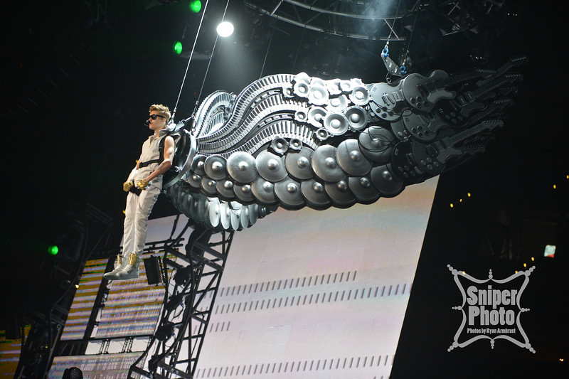 Justin Bieber at Yum Center in Louisville - Sniper Photo-1.jpg