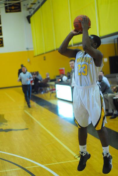 20090301_MCC Basketball_5646.JPG