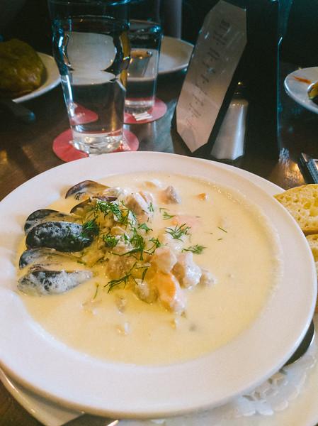 Hunter's Pub seafood chowder 2.jpg