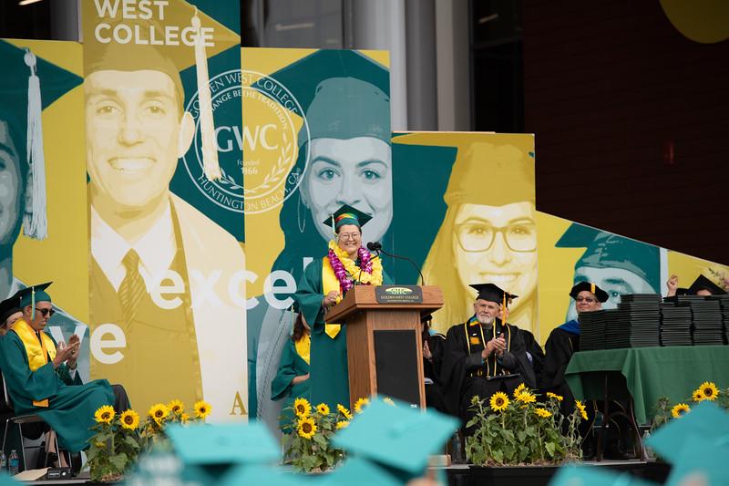 Graduation-2018-2066.jpg