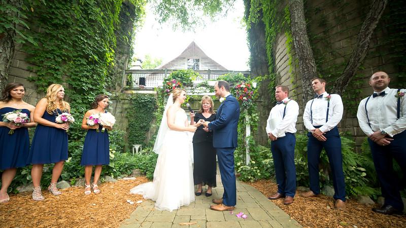 Garrett & Lisa Wedding (335).jpg