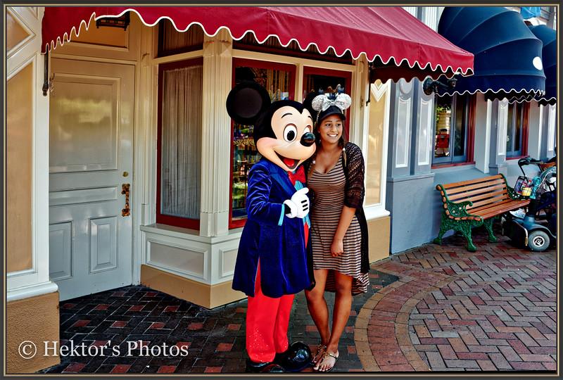 Disneyland Leica Q-1.jpg