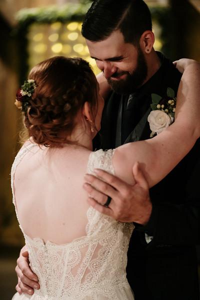 rustic_ohio__fall_barn_wedding-380.jpg