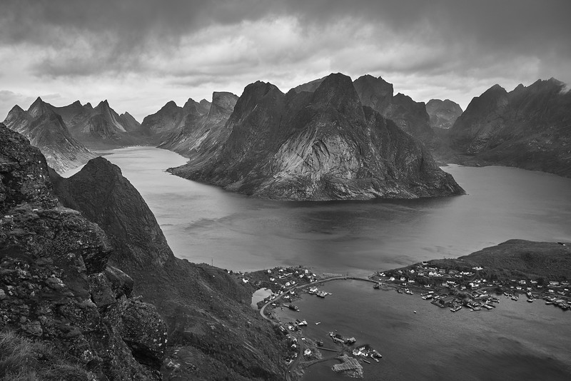 Lofoten Is_DSC07617_bw.jpg