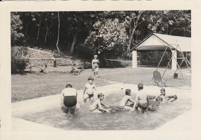 piscina putos - Gastao.jpg
