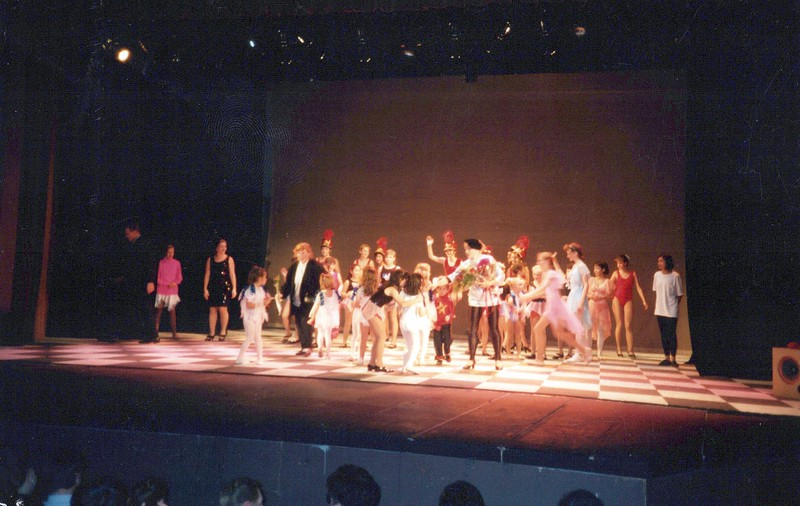 Dance_0348_a.jpg