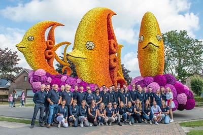 Bloemencorso 2017 - Groepsfoto's bloemenwagens en corsowagens