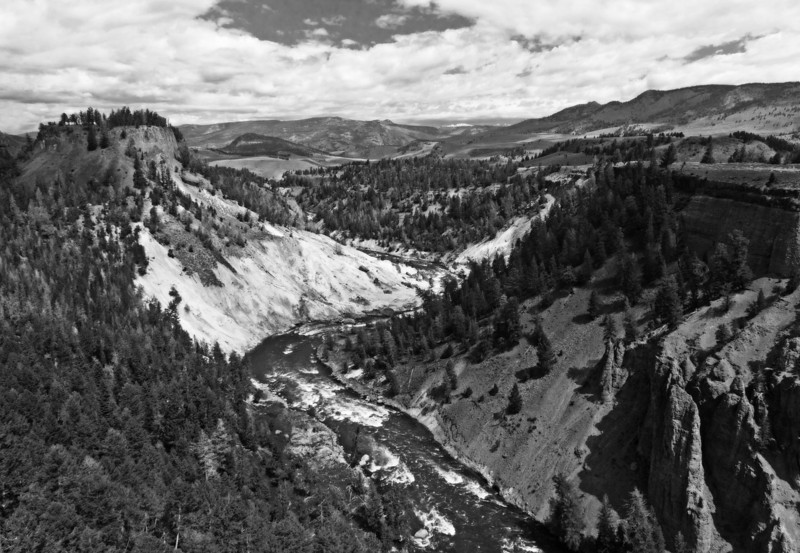 Yellowstone River B+W