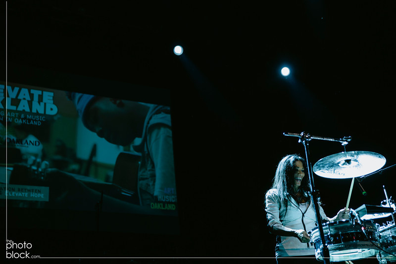 20140208_20140208_Elevate-Oakland-1st-Benefit-Concert-886_Edit_pb.JPG