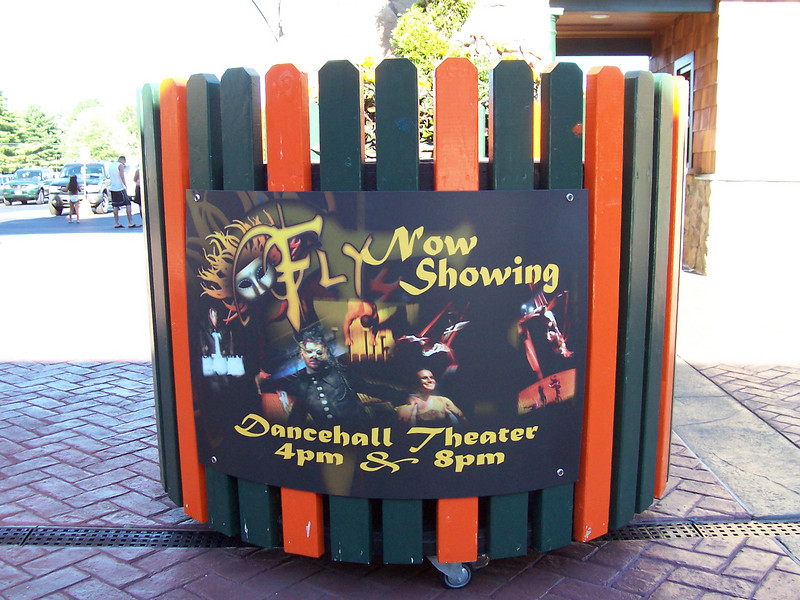 The Fly mini-stage at the Entrance.