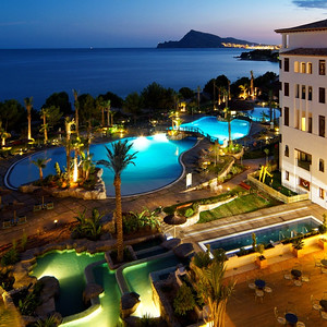 19115 Luxury five star beachfront resort hotel