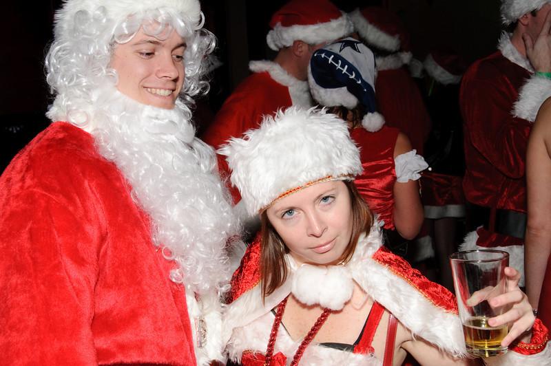 2009 ALS Santa Crawl-88.jpg