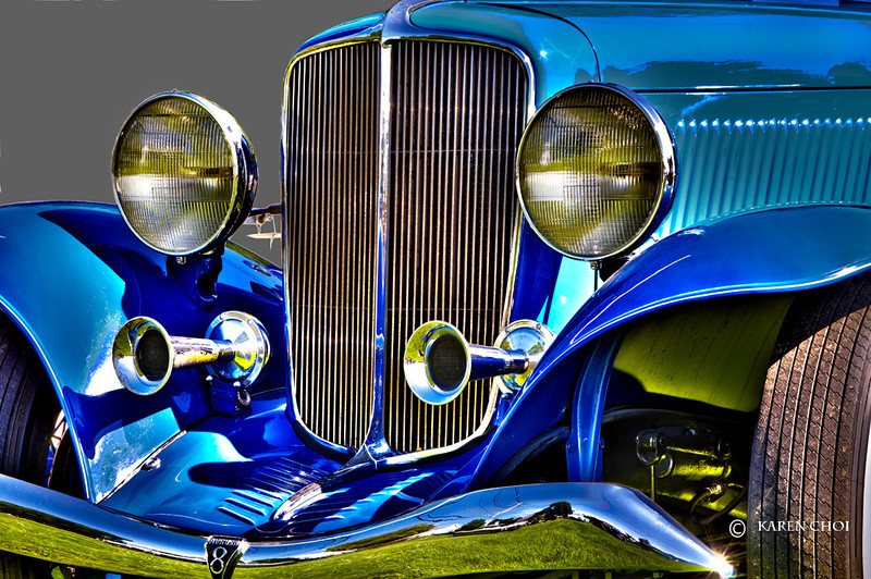 Blue Antique Car small.jpg