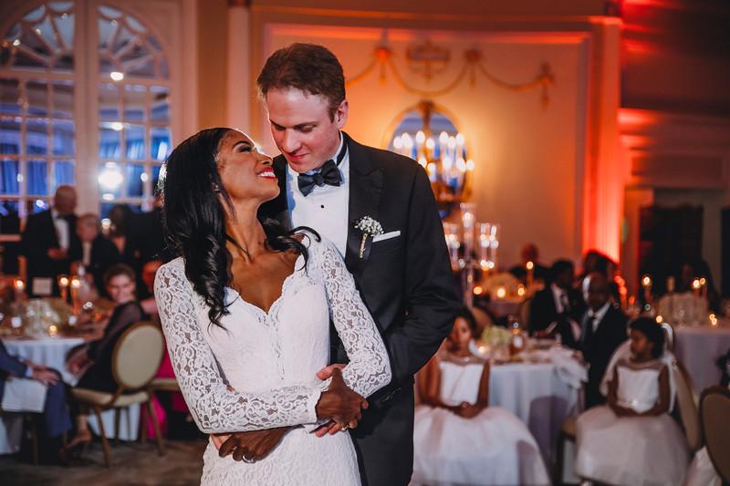 Montreal Wedding Photographer   Wedding Photography + Videography   Ritz Carlton Montreal   Lindsay Muciy Photography Video  2018_868.jpg