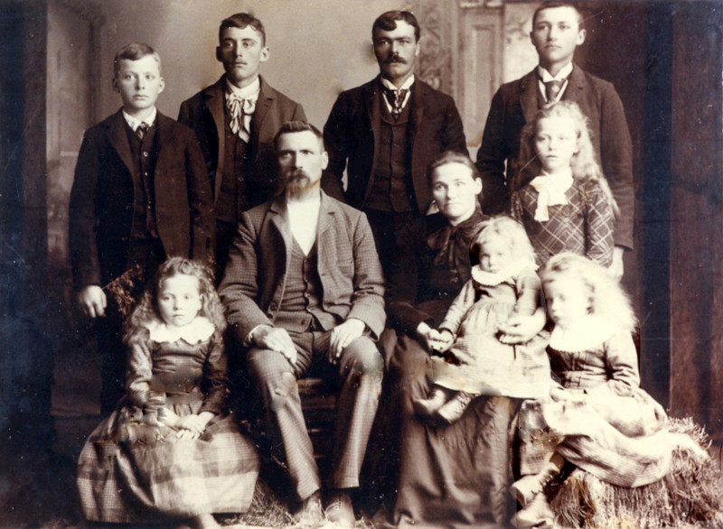 Hans Nelson Family.jpg