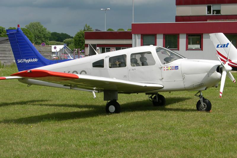SE-KSG-PiperPA-28-181ArcherII-SASFlygklubb-EKAH-2005-06-09-DSCN1651-KBVPCollection.JPG