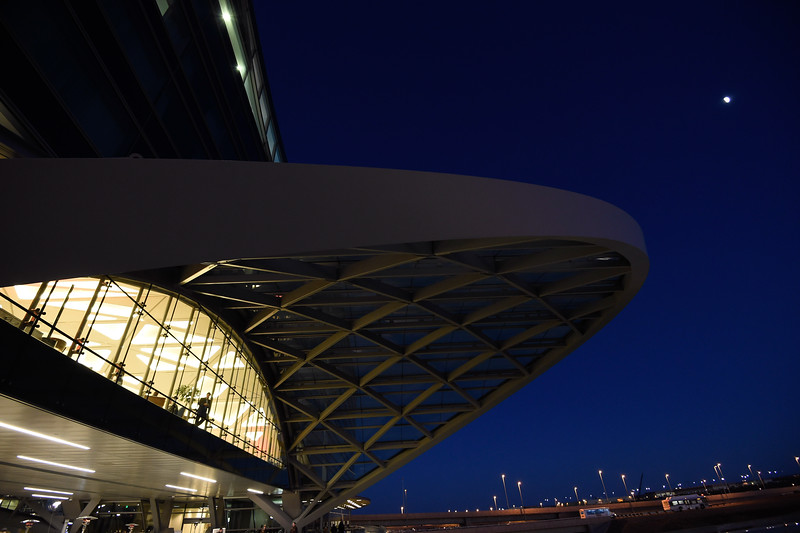 17 NOV 2015: The Westin Hotel opens at Denver International Airport in Denver, CO. Justin Tafoya/Clarkson Creative