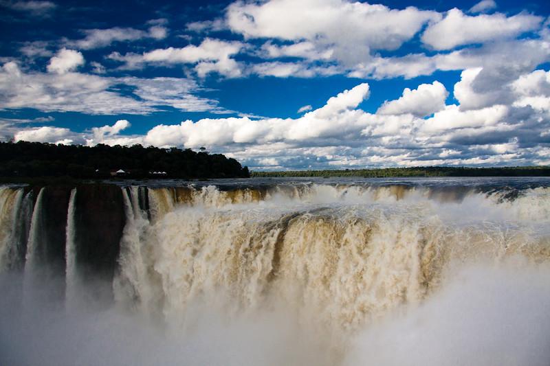 iguazu-devils-mouth-falls_6047217593_o.jpg