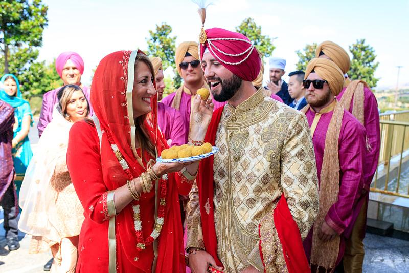 Neelam_and_Matt_Gurdwara_Wedding-1302.jpg
