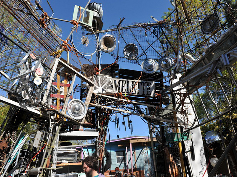 Cathedral of Junk 05.jpg