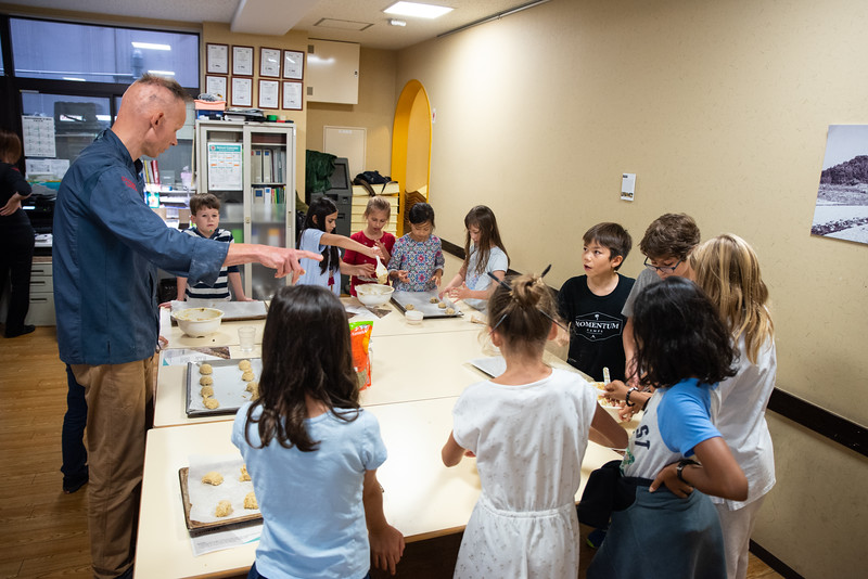 ES After School Activities-Cooking with Dragon Dining-ELP_2305-2018-19.jpg