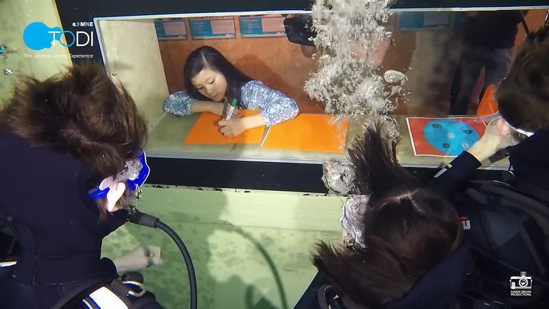 Nickelodeon.00_30_40_41.Still099.jpg