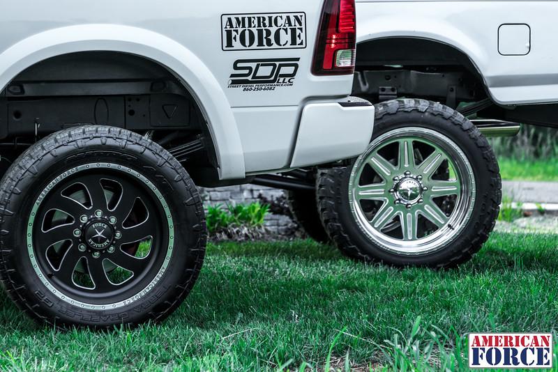 SDP-Kreg-O'Hara-White-1997-Ford-F250-24x12-Legend-@streetdieselperformance-170429-DSC06067-68.jpg