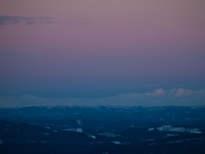 Utsikt mot Reinsfjellene fra Gråkallen (Foto: Ståle)