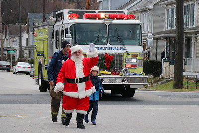 West Shore Bureau Of Fire Santa Run