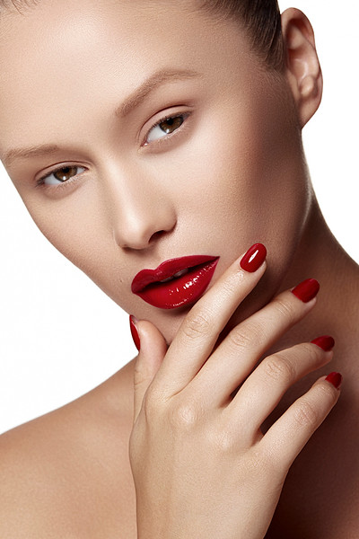 Photography-Creative-Space-Artists-NYC-Emil-Sinangic-Fashion-Commerical-Red-Lips-Makeup-1.jpg