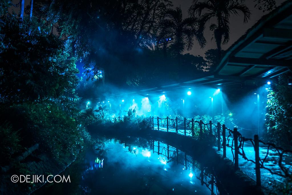 Singapore Zoo Rainforest Lumina - Water zone 4 fog and reflections