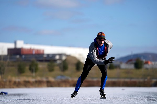 Speed Skating on Silver Lake in Pittsfield - 121018