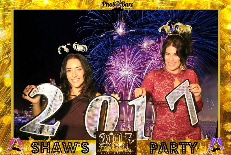 Shaws NYDay Party (64).jpg