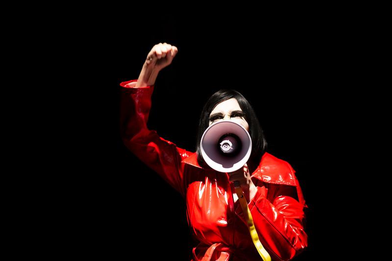 Allan Bravos - essenCIA Teatro - Persona 07-347.jpg