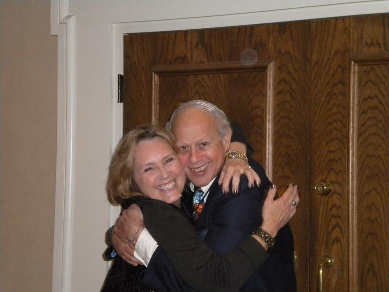 President Patti Richards and Past President Sydney Traum