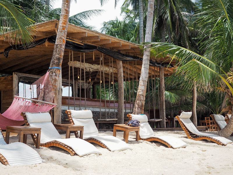 Driftwood Beach Bar at Yemaya Island Hideaway