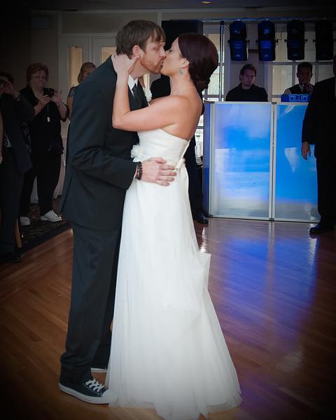 Artie & Jill's Wedding August 10 2013-437Crop#2Vignette.jpg