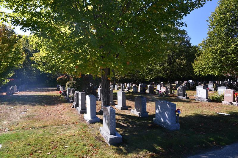 St-Joseph-Cemetery-Oct2019-54.jpg