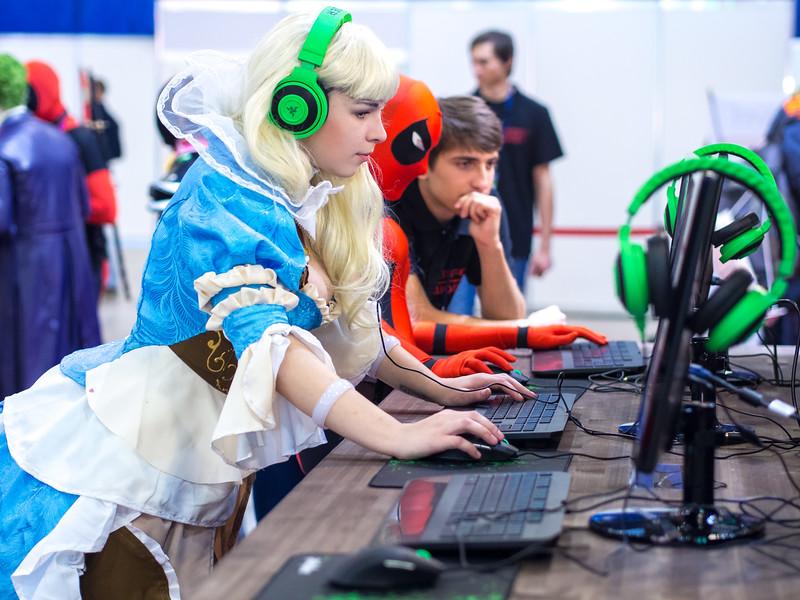 Russian gamers at Igromir 2013
