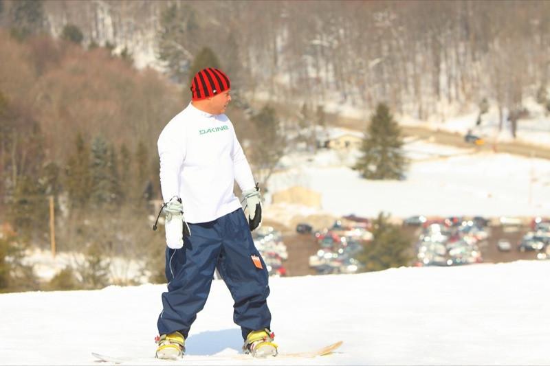 Snow_Trails_2010_J33.jpg